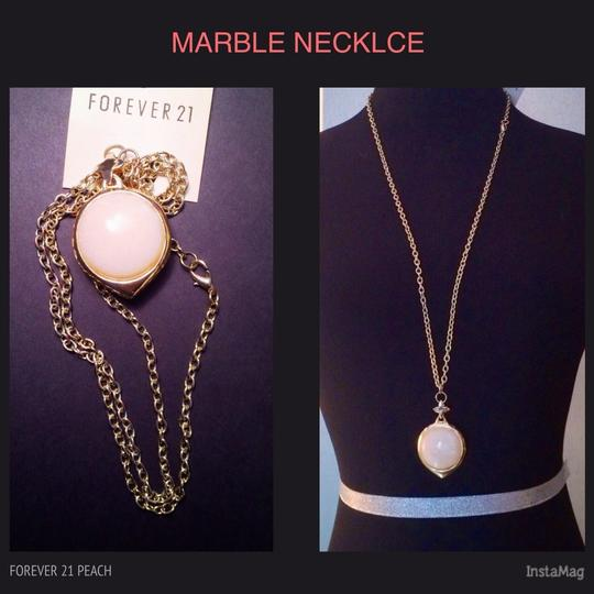 Forever 21 Pink Marble & Vintage Gold Medallion Chain Necklace, New!