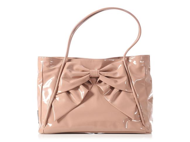 Item - Double Handle Beige Patent Leather Tote