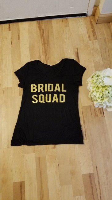 Item - Black and Gold Cotton Bridal Squad Tee Bridesmaid/Mob Dress Size 6 (S)