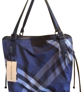 f39200e0a4f1 Added to Shopping Bag. Burberry Tote in Navy. Burberry Buckleigh Navy Nylon  Tote