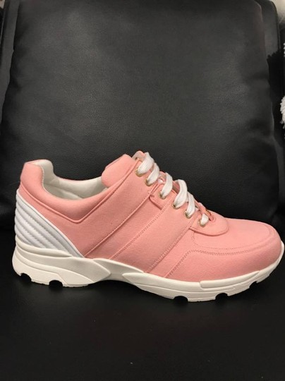 Chanel Trainer Runner Sneaker Flat Classic pink Athletic Image 1