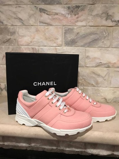 Chanel Trainer Runner Sneaker Flat Classic pink Athletic Image 2