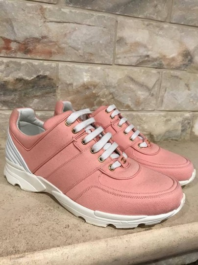 Chanel Trainer Runner Sneaker Flat Classic pink Athletic Image 3