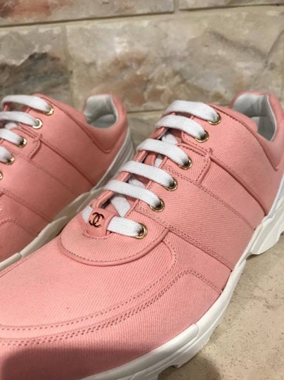 Chanel Trainer Runner Sneaker Flat Classic pink Athletic Image 8