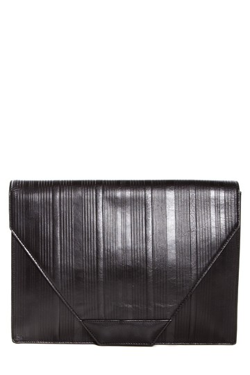 Preload https://img-static.tradesy.com/item/22178520/versace-vintage-snap-closure-black-leather-clutch-0-0-540-540.jpg