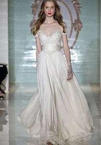 Reem Acra White - Ivory Silk Lovely Girl Modern Wedding Dress Size 6 (S)