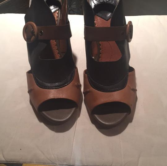 Lucky Brand Tan/Navy Sandals Image 1