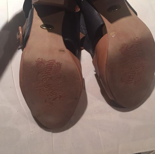 Lucky Brand Tan/Navy Sandals Image 4