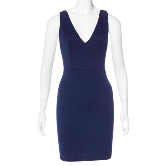 Preload https://img-static.tradesy.com/item/22179559/alice-olivia-navy-double-v-quilted-short-night-out-dress-size-2-xs-0-2-650-650.jpg