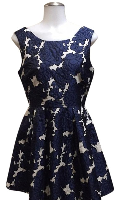 Item - Black & Navy Blue Mid-length Cocktail Dress Size 4 (S)
