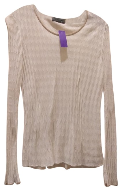 Preload https://img-static.tradesy.com/item/22179847/les-copains-white-beige-made-in-italy-knit-sweaterpullover-size-12-l-0-1-650-650.jpg
