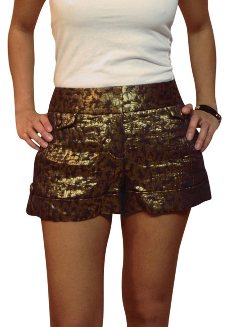 Item - Black and Gold Shorts Size 0 (XS, 25)