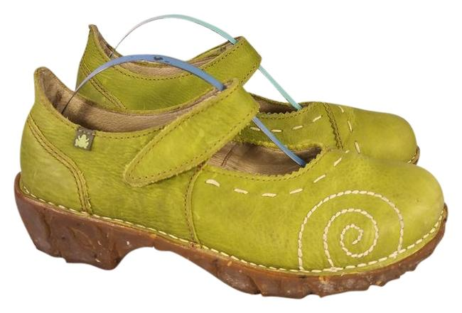 Item - Green Mary Janes Thick Stitches Design Frog Shock System Platforms Size EU 36 (Approx. US 6) Regular (M, B)