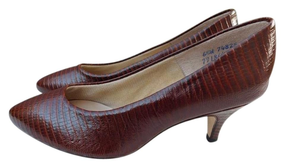af651bb668cd Hush Puppies Brown Vintage Classic 1980s Croc Leather New Pumps Size ...