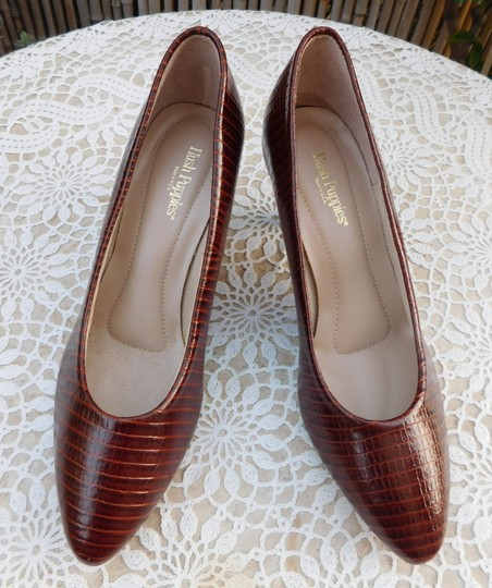 Hush Puppies Leather Brown Pumps Image 4
