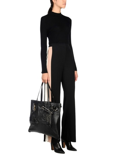 Marc by Marc Jacobs Tote in Black Image 5