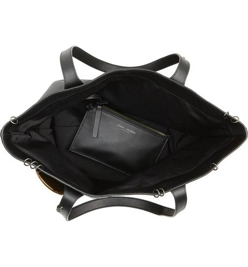 Marc by Marc Jacobs Tote in Black Image 7