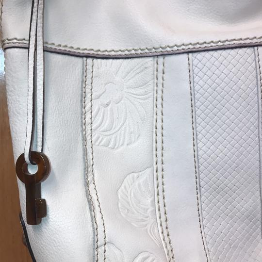Fossil Bag Tote in cream Image 3