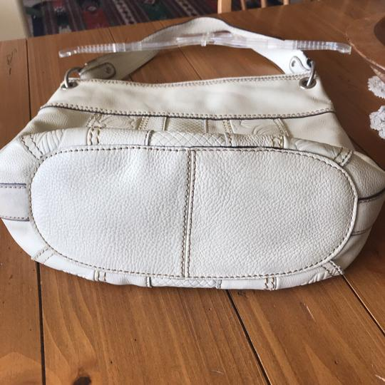 Fossil Bag Tote in cream Image 6