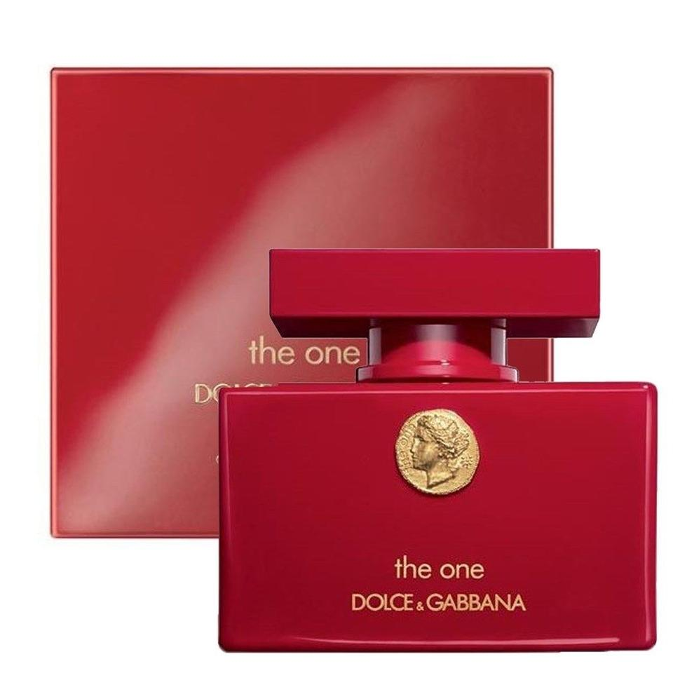 d g the one collector 39 s edition 2 5 oz 75 ml edp spray woman 39 s new on tradesy. Black Bedroom Furniture Sets. Home Design Ideas