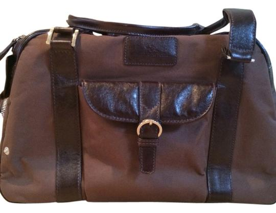 Preload https://img-static.tradesy.com/item/2218307/brown-canvas-and-leather-weekendtravel-bag-0-0-540-540.jpg