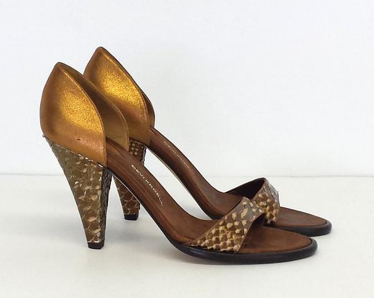 Devi Kroell Pumps