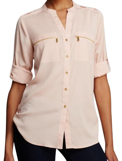 Preload https://img-static.tradesy.com/item/22183829/calvin-klein-blush-modern-essential-safari-shirt-button-down-top-size-8-m-0-1-650-650.jpg