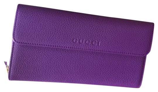 Preload https://item4.tradesy.com/images/gucci-purple-grand-prix-wrap-around-continental-clutch-wallet-22183843-0-2.jpg?width=440&height=440