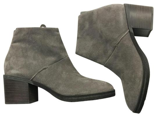 Preload https://img-static.tradesy.com/item/22183875/gentle-souls-grey-blakely-bootsbooties-size-us-10-regular-m-b-0-1-540-540.jpg
