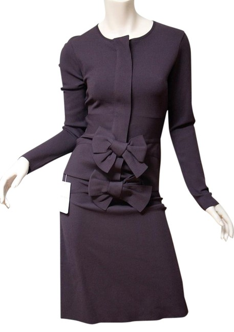 Preload https://item5.tradesy.com/images/valentino-plum-new-bow-knit-fitted-dress-skirt-suit-size-4-s-22183954-0-1.jpg?width=400&height=650