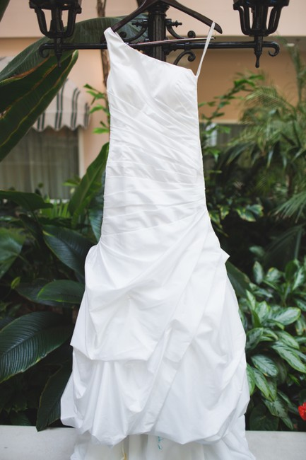 Alfred Angelo Bright White Asymmetric One Shoulder Satin Finish Modern Wedding Dress Size 6 (S) Alfred Angelo Bright White Asymmetric One Shoulder Satin Finish Modern Wedding Dress Size 6 (S) Image 1