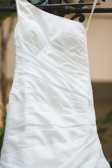 Alfred Angelo Bright White Asymmetric One Shoulder Satin Finish Modern Wedding Dress Size 6 (S)