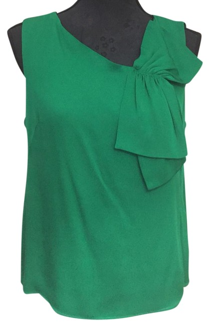 Preload https://item5.tradesy.com/images/milly-emerald-green-bombshell-silk-with-bow-tank-topcami-size-8-m-22184194-0-1.jpg?width=400&height=650