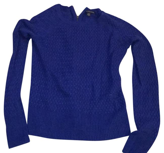 Preload https://img-static.tradesy.com/item/22184198/american-eagle-outfitters-royal-blue-knit-sweater-sweatshirthoodie-size-2-xs-0-1-650-650.jpg