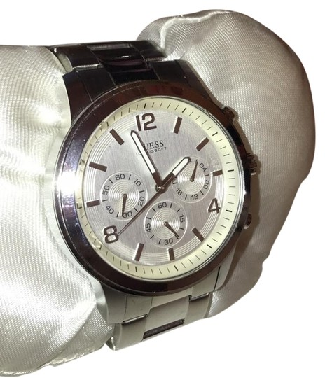 Preload https://item1.tradesy.com/images/guess-silver-silvertone-chronograph-watch-22184205-0-1.jpg?width=440&height=440