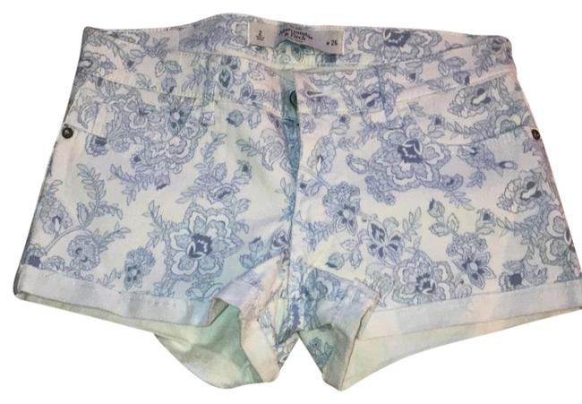 Preload https://item5.tradesy.com/images/abercrombie-and-fitch-light-blue-white-minishort-shorts-size-2-xs-26-22184234-0-1.jpg?width=400&height=650