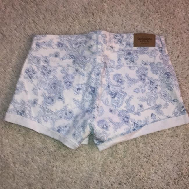 Abercrombie & Fitch Mini/Short Shorts light blue / white