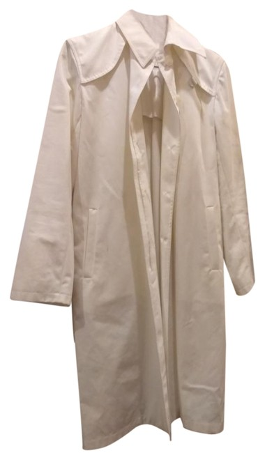Preload https://item4.tradesy.com/images/cinzia-rocca-white-made-in-italy-trenchcoat-size-8-m-22184298-0-1.jpg?width=400&height=650