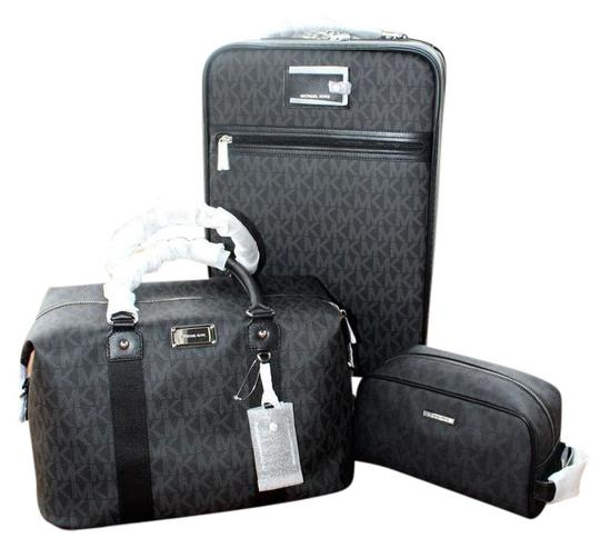 Preload https://item2.tradesy.com/images/michael-kors-new-4-pc-suitcase-weekender-pouch-wallet-black-pvc-coated-canvas-weekendtravel-bag-22184411-0-1.jpg?width=440&height=440