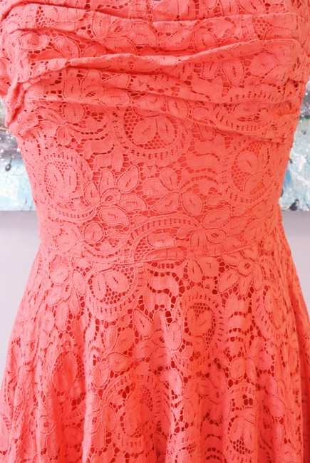 Vintage Lace Strapless Sweetheart Dress