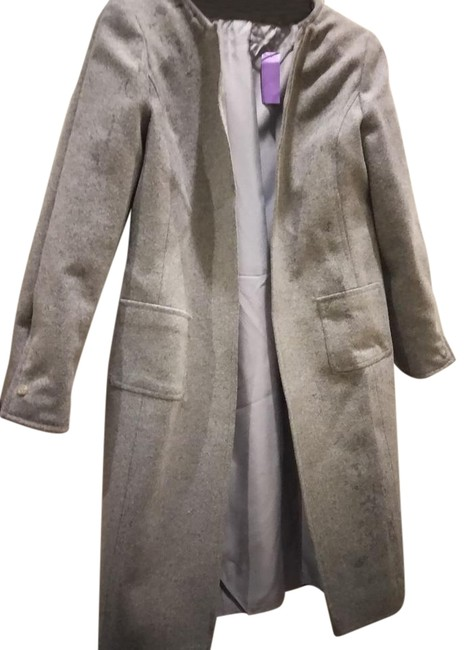 Preload https://item4.tradesy.com/images/heather-grey-thick-open-front-with-pockets-size-6-s-22184998-0-1.jpg?width=400&height=650