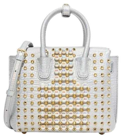 Preload https://img-static.tradesy.com/item/22185164/mcm-nwts-milla-x-pearl-with-strap-white-leather-satchel-0-4-540-540.jpg