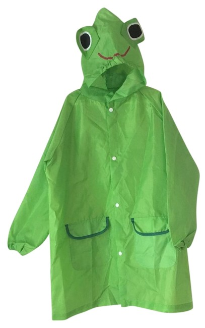 Preload https://item2.tradesy.com/images/green-full-length-hooded-boy-s-frog-raincoat-fits-ages-4-5-size-4-s-22185331-0-1.jpg?width=400&height=650