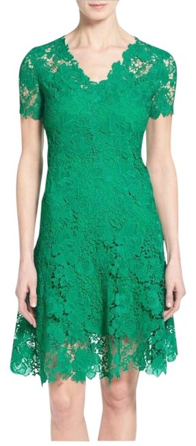 Preload https://item3.tradesy.com/images/elie-tahari-lace-mid-length-short-casual-dress-size-2-xs-22185602-0-1.jpg?width=400&height=650