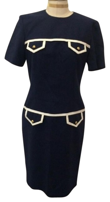 Preload https://item5.tradesy.com/images/navy-mid-length-short-casual-dress-size-10-m-22185634-0-1.jpg?width=400&height=650