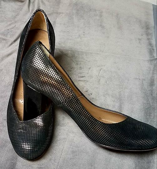 Anyi Lu Anthracite and black metallic Pumps