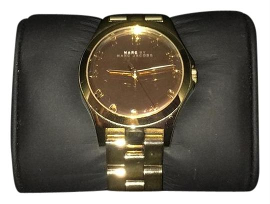 Preload https://item2.tradesy.com/images/marc-by-marc-jacobs-gold-watch-22185941-0-1.jpg?width=440&height=440