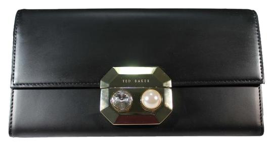 Preload https://img-static.tradesy.com/item/22186170/ted-baker-black-pearl-lock-front-flap-matinee-wallet-0-1-540-540.jpg