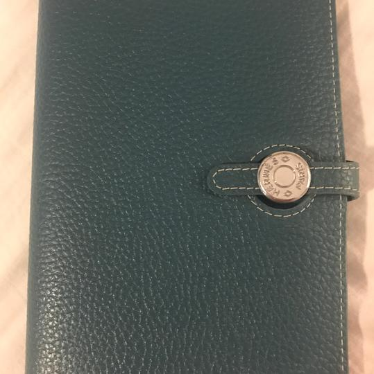 Preload https://item5.tradesy.com/images/hermes-clemence-dogon-combined-wallet-blue-leather-clutch-22186304-0-0.jpg?width=440&height=440