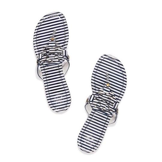Preload https://img-static.tradesy.com/item/22186334/tory-burch-multicolor-nautical-miller-flat-thong-printed-patent-leather-stripes-navy-blue-white-sand-0-0-540-540.jpg